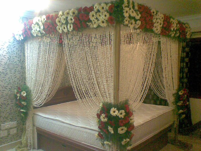 Bridal bed room decoration 36 flower n petals bridal bed room decoration 36 junglespirit Choice Image
