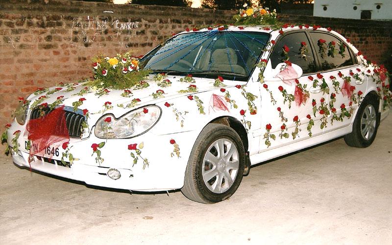 Wedding car decoration 69 flower n petals wedding car flower decoration junglespirit Image collections