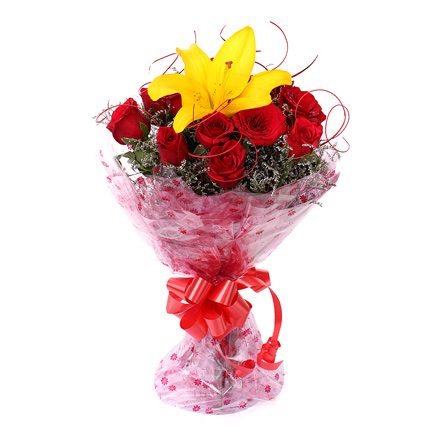 Valentines Red Rose Delivery Roorkee | Online Flower Bouquet Roorki