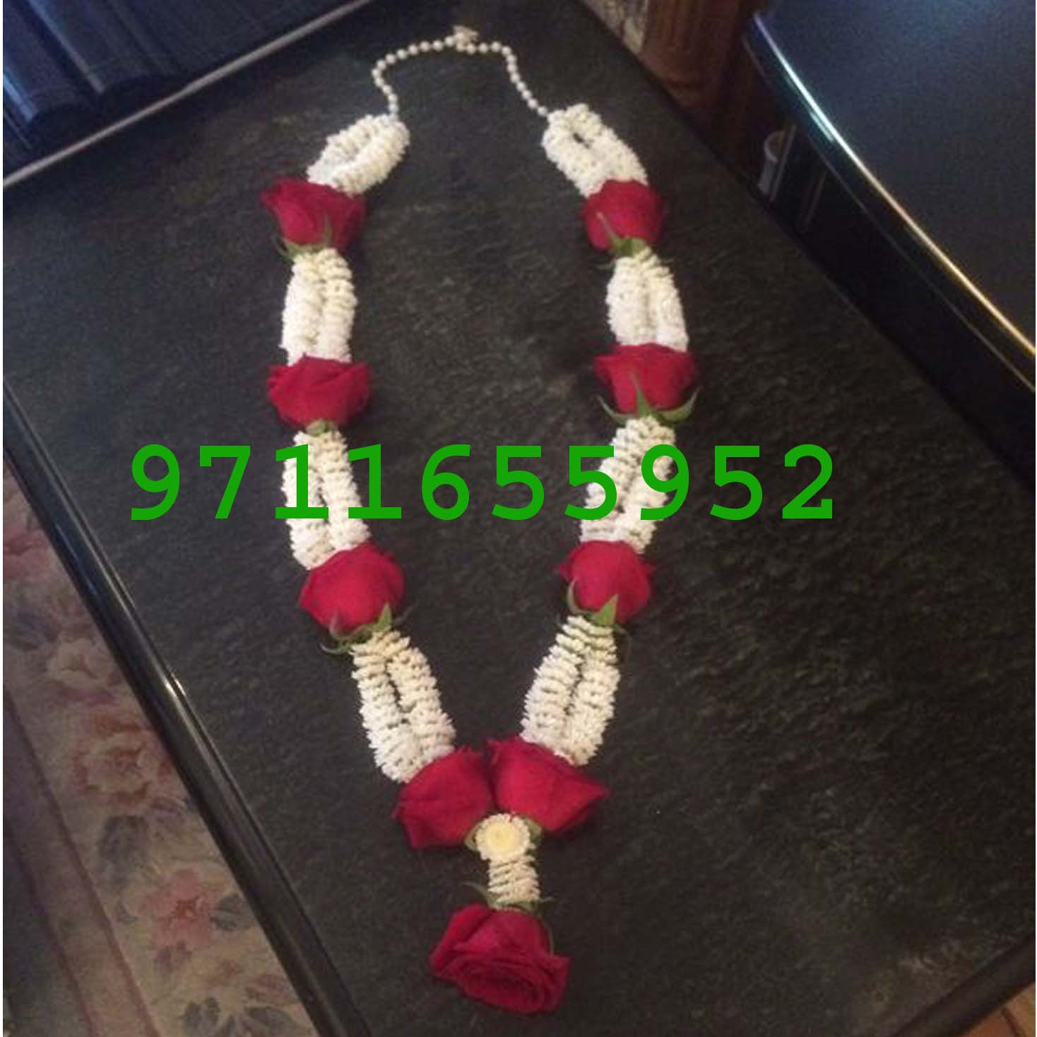 wedding garland of mogra and roses jaimala , jaismine and rose garland varmala haar for weddind or anniversary, white jaismine mogra and red roses garland for marriage anniversary